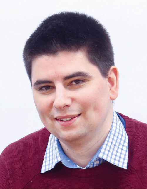 Dr. Valentin Robu